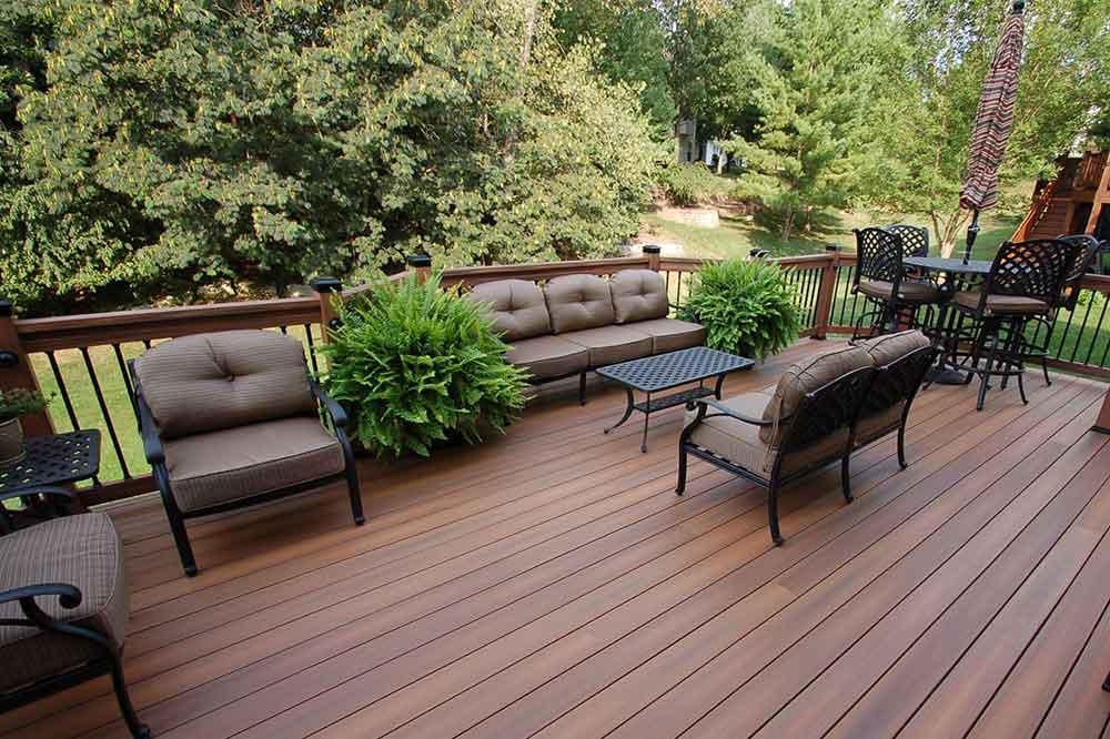 Outdoor Deck Space St Louis