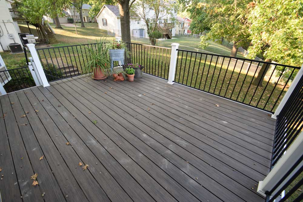 Deckorators Ironwood Black Metal Rail White Rail Posts Ballwin
