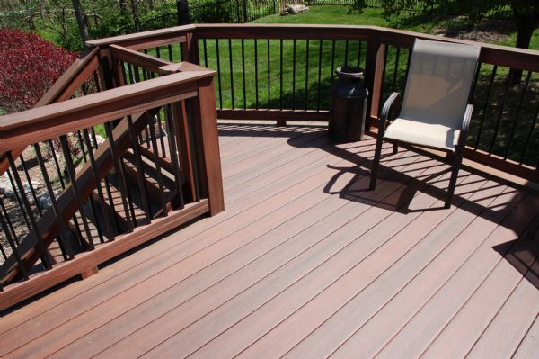 Fiberon Horizon Redwood Deck Wildwood