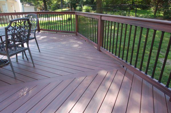 Fiberon Horizon Rosewood Deck St Louis