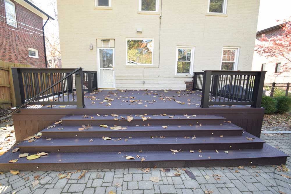 Trex Woodland Brown Large Stairs University City