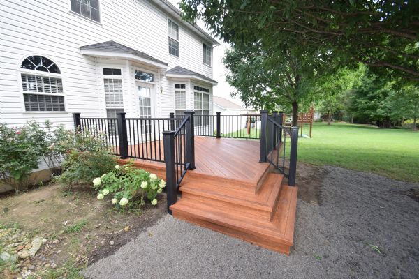 Zuri Pecan Deck Trex Reveal Rail St Louis