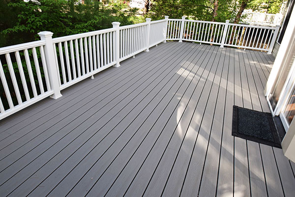 Trex Gravel Path White Railing White Posts St. Louis