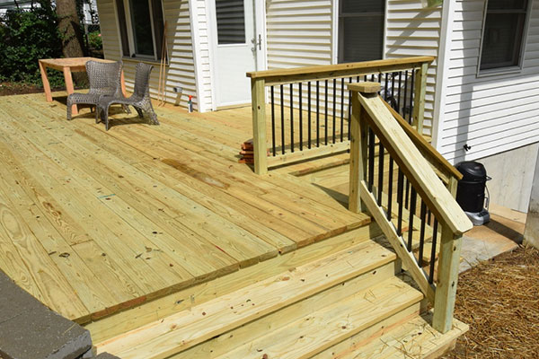 Wood Pine Deck Black Railing